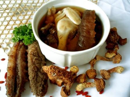 món ăn hải sâm